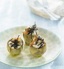recetas-alcachofas-escabechadas-con-cremoso-de-algas-y-vinagreta-de-verduras
