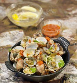 recetas-almejas-sriracha-con-cilantro-fresco