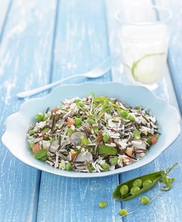 recetas-arroz-basmati-y-arroz-salvaje-frio-con-guisantes-menta-fresca-y-rabanito