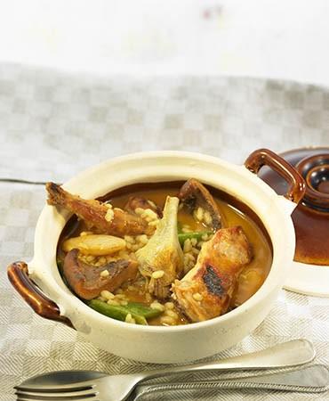 recetas-arroz-caldoso-con-conejo-y-alcachofas