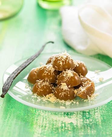 recetas-bombones-de-coco-y-chocolate