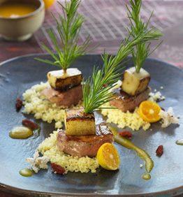 recetas-brocheta-de-cordero-con-manzana-y-flores-de-azahar