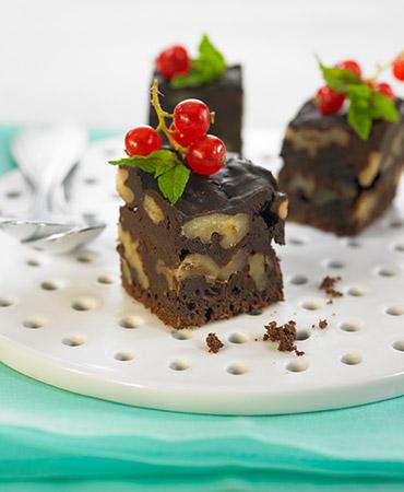 Brownie con avellanas y nueces