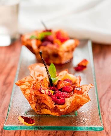 recetas-cestas-de-crep-con-crema-y-frutos-rojos