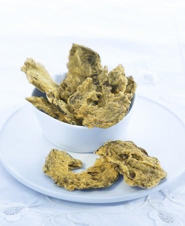 recetas-chips-de-alcachofas-con-curry-y-hierbas