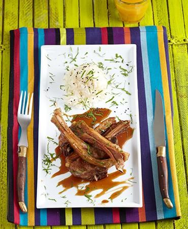 recetas-chuletas-de-cordero-con-salsa-de-panela-aromatizada