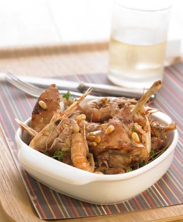 recetas-conejo-con-cigalas-y-pinones