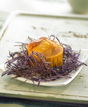 recetas-coulant-de-erizo-de-mar-y-chips-de-patata-violeta