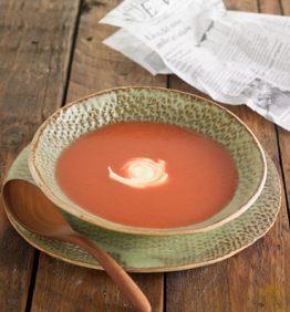 recetas-crema-de-remolacha-con-yogur-y-curcuma