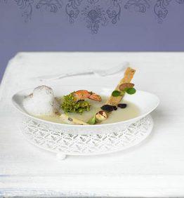 recetas-crema-de-topinambur-langostinos-con-pistachos-y-capuccino-de-cacao