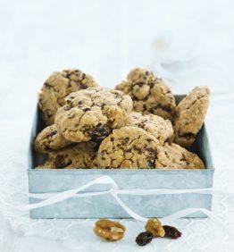 recetas-deliciosas-galletas-de-chocolate-con-pasas-y-nueces