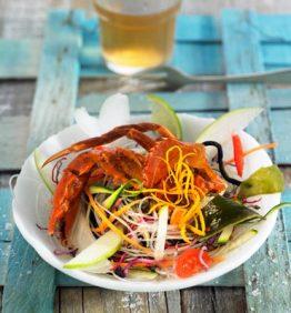 recetas-ensalada-de-algas-con-cangrejo-de-cascara-blanda