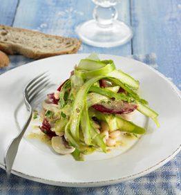 recetas-ensalada-de-esparragos-frescos-con-alino-de-sesamo