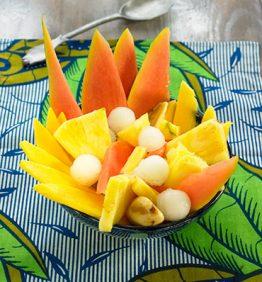 recetas-ensalada-de-fruta-tropical