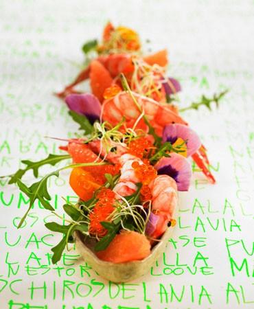 recetas-ensalada-de-gambas-con-pomelo-rucula-y-huevas