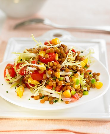 recetas-ensalada-de-lentejas-con-maiz-y-tomate-cherry