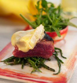 recetas-entrecot-de-ternera-con-salicornia-y-camembert-al-horno