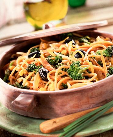 Espaguetis integrales con brócoli