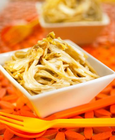 Espaguettis integrales con Gorgonzola y nueces