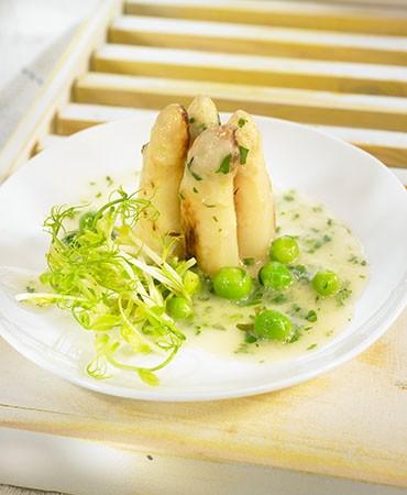 recetas-esparrago-en-salsa-verde-con-sus-germinados