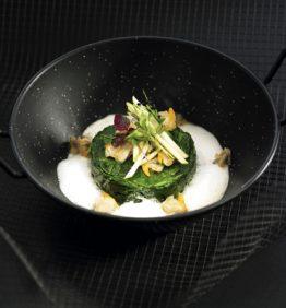 recetas-espinacas-salteadas-con-emulsion-de-citronela-y-berberechos-naturales