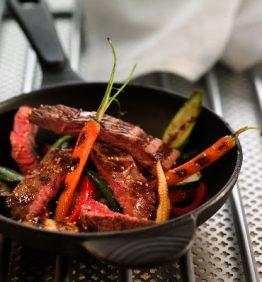 recetas-filete-de-ternera-con-verduras-y-mostaza
