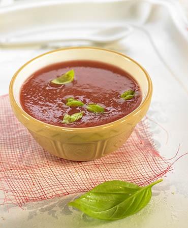 recetas-gazpacho-de-sandia-con-albahaca