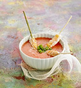 recetas-gazpacho-de-sandia-con-granizado-de-albahaca-y-cigalas-salteadas
