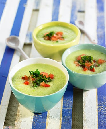 recetas-gazpacho-verde-con-manzana