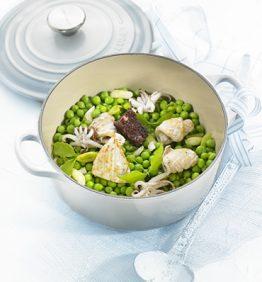 recetas-guisantes-estofados-con-butifarra-negra-y-calamares