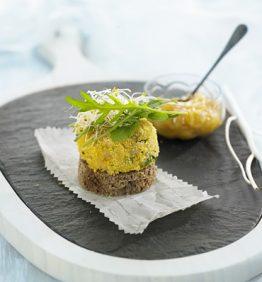 recetas-hamburguesa-de-arroz-y-garbanzos-con-chutney-de-mango