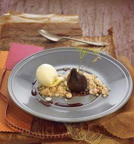 recetas-higos-naturales-confitados-al-vino-tinto-con-pan-de-especias-y-helado-de-vainilla