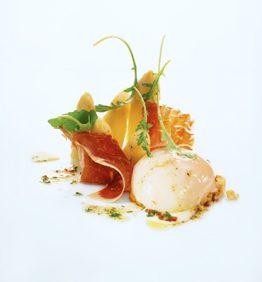 recetas-huevo-de-corral-con-crujientes-de-iberico