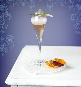 recetas-kir-royal-invertido-y-chips-tricolor