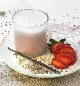 recetas-leche-de-canamo-y-fresas