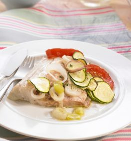 recetas-lubina-al-horno-con-verduras