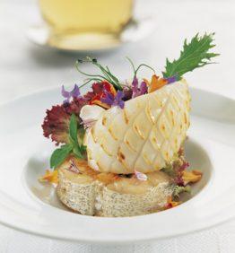 recetas-merluza-ondarresa-con-brotes-y-flores
