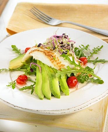 recetas-mero-con-ensalada-de-germinados