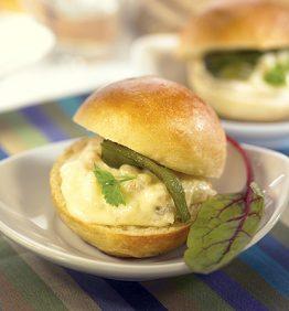 recetas-mini-bocadillo-de-brandada-de-bacalao