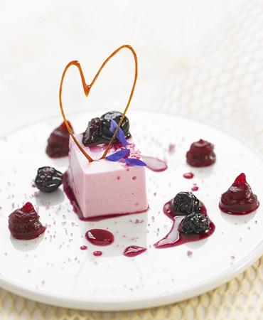 recetas-mousse-de-yogur-remolacha-arandanos-y-violeta