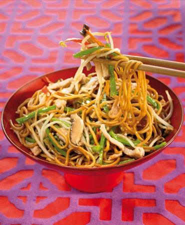 recetas-noodles-fritos-al-estilo-casero-con-verdura