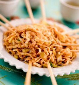 recetas-noodles-salteados-con-ternera