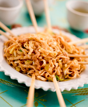 Noodles salteados con ternera