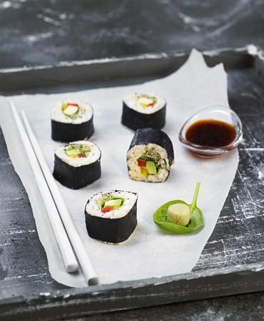 recetas-nori-maki-rolls-con-aguacate