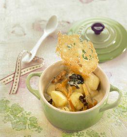 recetas-oquis-de-patatas-con-idiazabal-setas-y-emulsion-de-avellanas