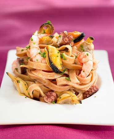 recetas-pasta-larga-con-marisco