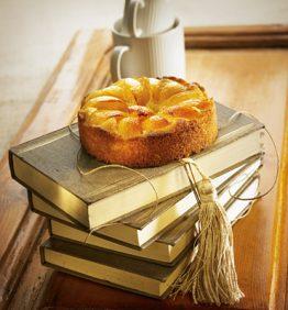 recetas-pastel-de-vainilla-con-nisperos-y-miel