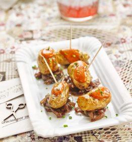 recetas-patatas-ratte-con-cebolla-caramelizada-al-vino-tinto