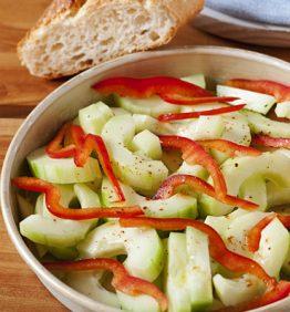 recetas-pepino-y-ensalada-de-pimiento-rojo