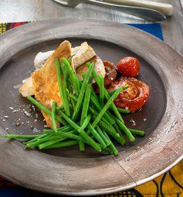 recetas-pescado-de-rio-al-horno-con-verduras